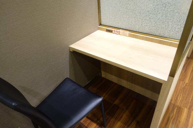 一人用の座席