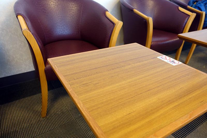 クッションタイプの椅子